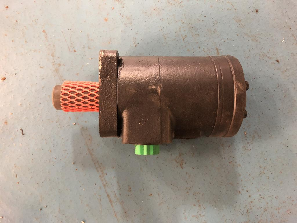 86995016 New CNH Hydraulic Motor - NEW